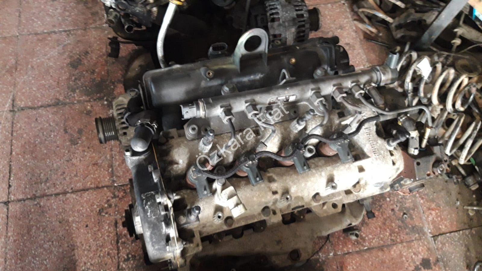 Linea 1.3 90bg Multijet Motor