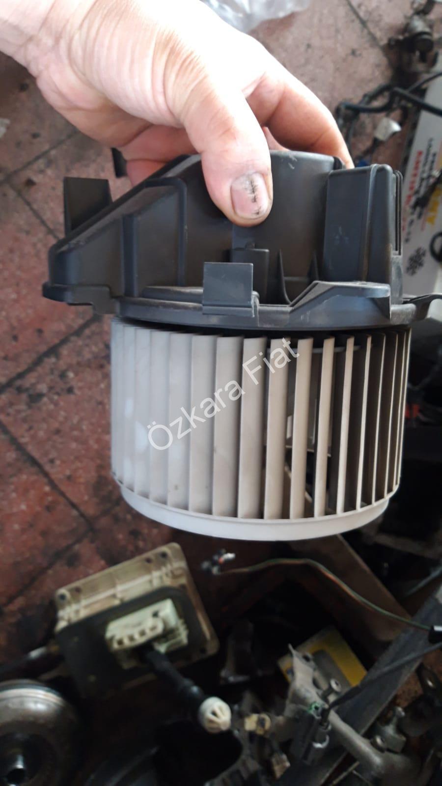 Fiat Marea Çıkma Kalorifer Motoru